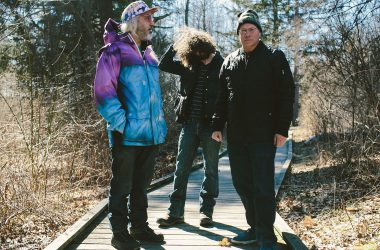 """Dinosaur Jr.  - """"Give A Glimpse Of What Yer Not"""" Tour"""