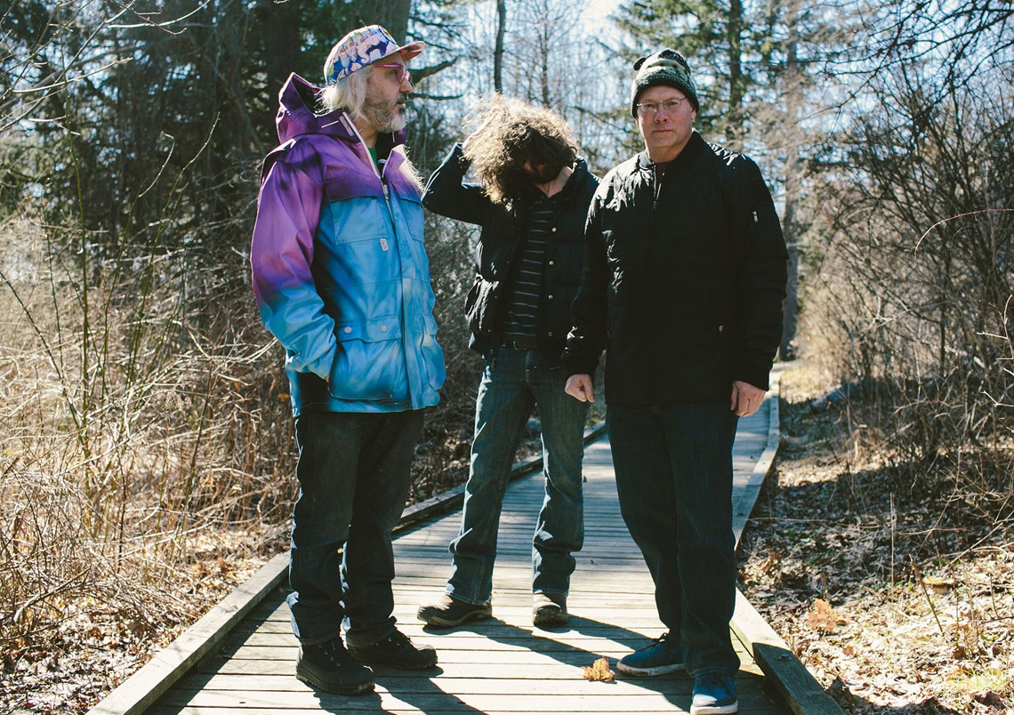 "Dinosaur Jr. – ""Give A Glimpse Of What Yer Not"" Tour"