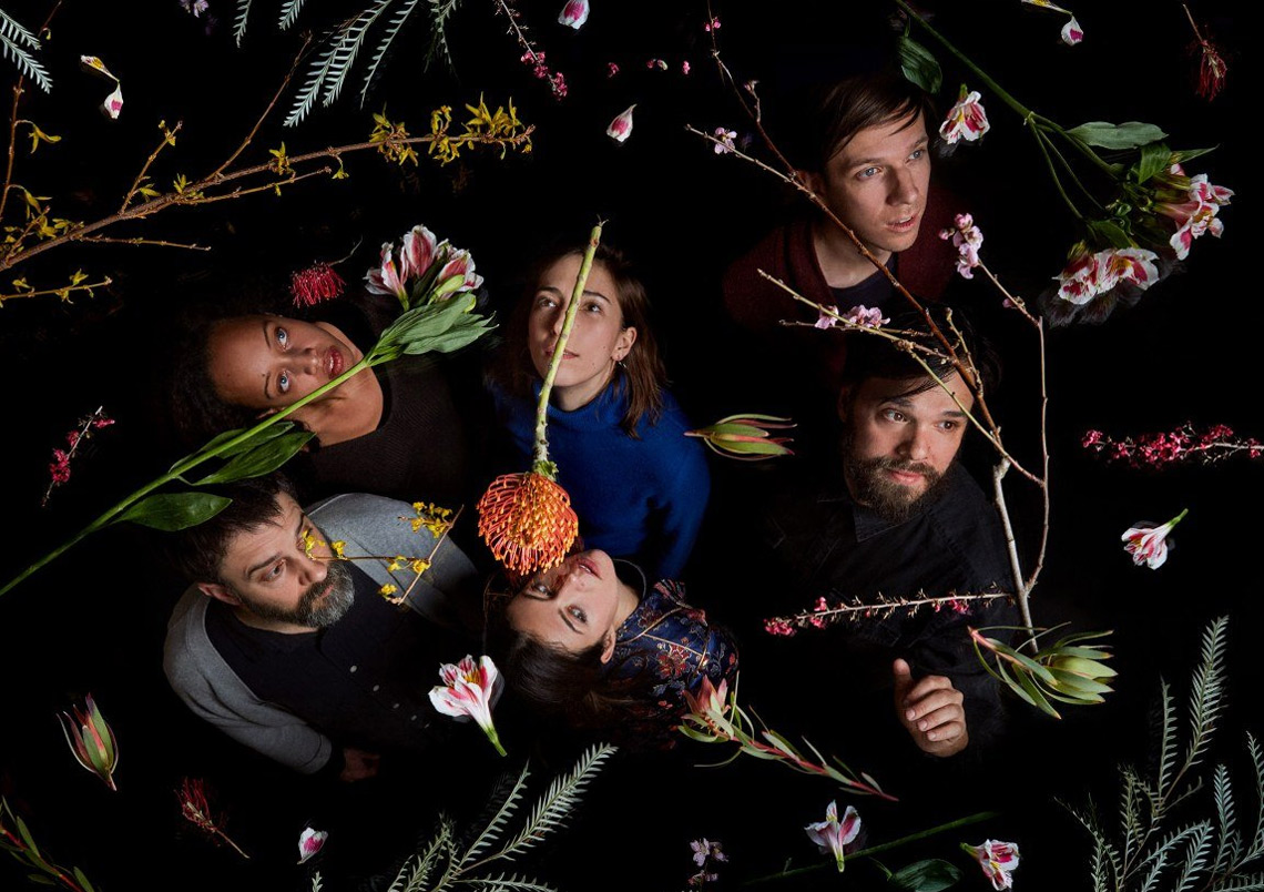 Dirty Projectors – Sing The Melody