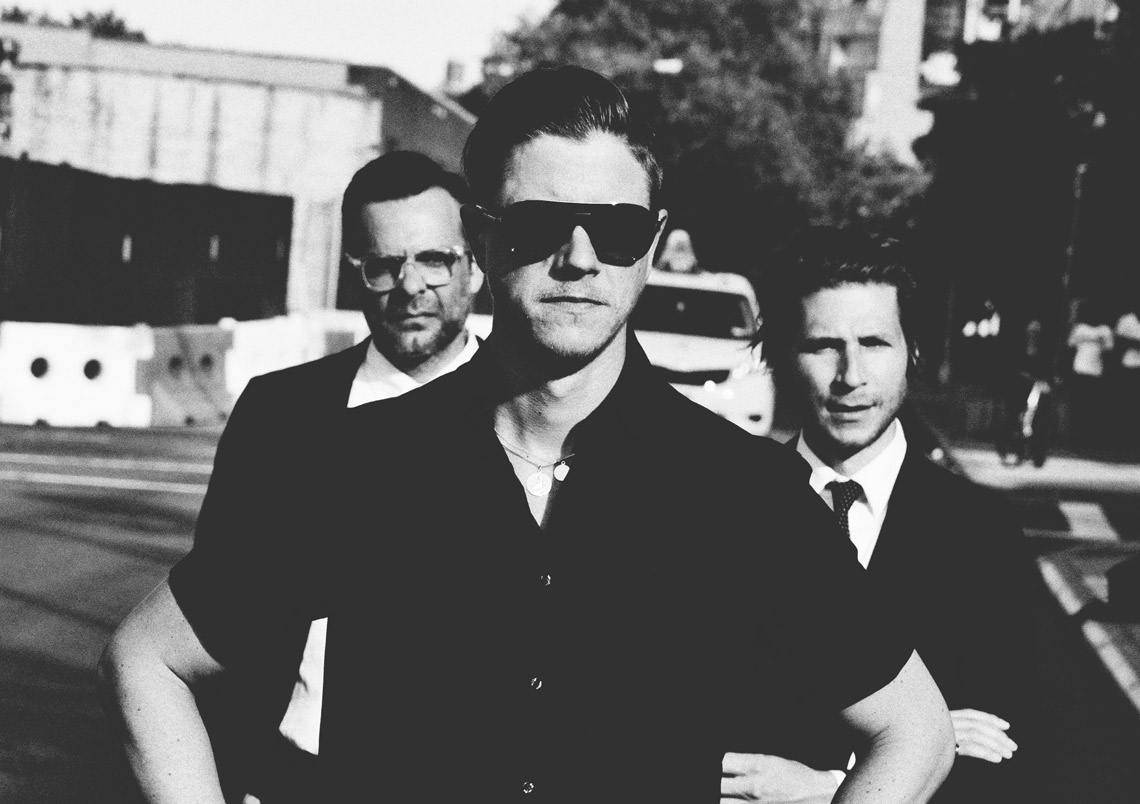 Interpol – Turn On The Bright Lights Tour 2017