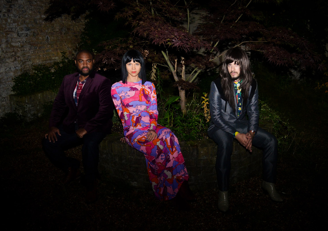 Khruangbin – Time (You and I)