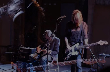 Loren Connors & Kim Gordon  - Issue Project Room (Part 1)