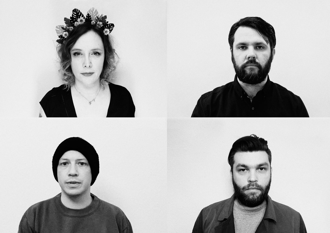 Minor Victories – A Hundred Ropes