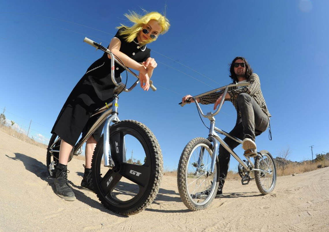 Phoebe Bridgers & Conor Oberst – Better Oblivion Community Center