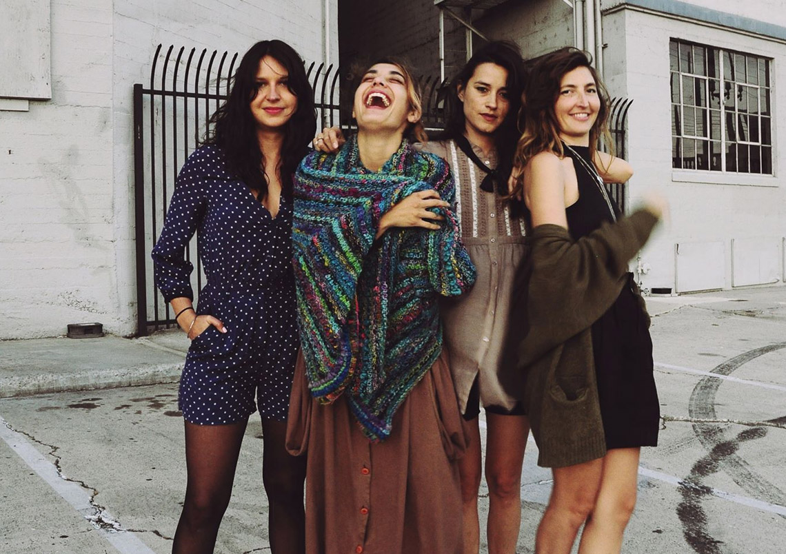 Warpaint – Paralyzed (Gang Of Four)